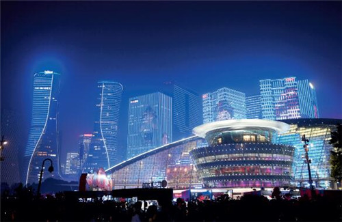 p77-杭州錢江新城高樓外墻燈光絢麗 中新社