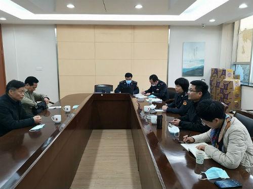 江阴市市场监督管理局约谈熔喷布生产企业