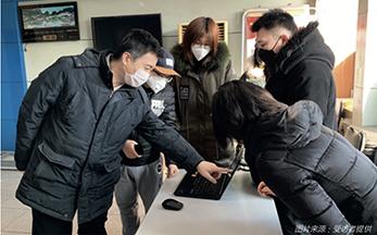 85 百融云创智能语音防疫项目组在社区测试外呼系统