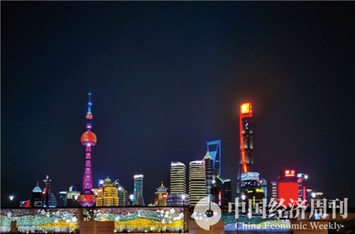 12上海外滩夜景  摄影《中国经济周刊》记者 王雨菲