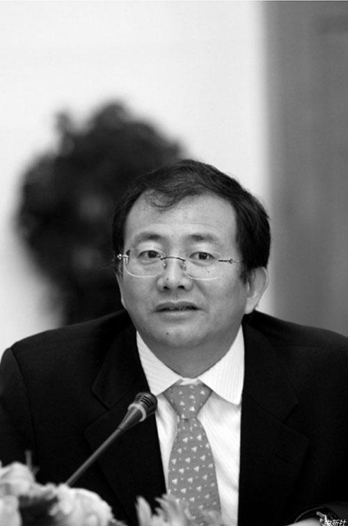 p47 2019年,云南原省委书记秦光荣主动投案后,云南城投原董事长许雷随后也主动投案。