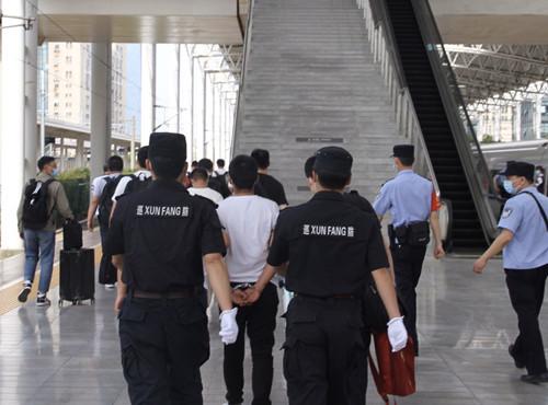 扬州警方供图