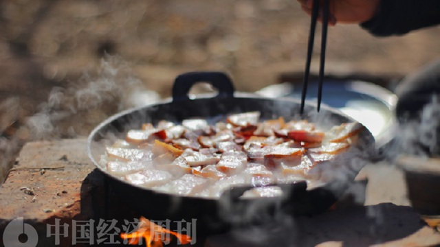 北京六环外:返璞归真,一群生活在村里的城市人