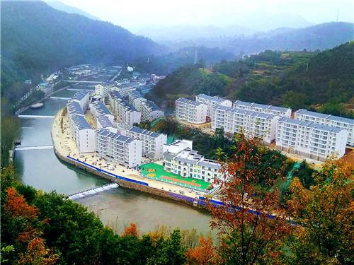 1 栾川县狮子庙镇金河湾搬迁社区